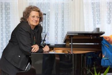 Pat Wynne, Labor Chorus director